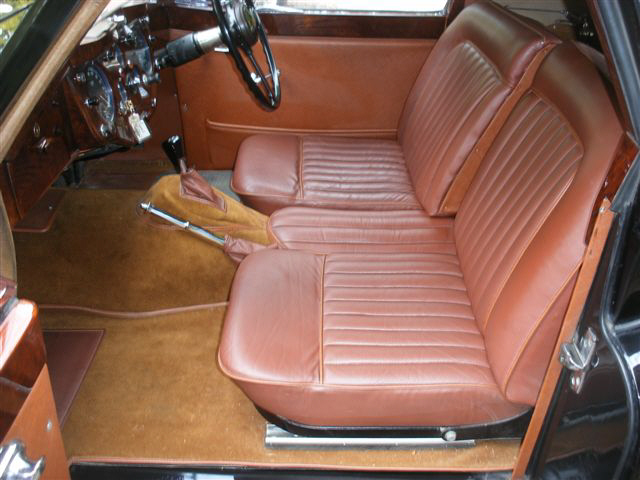 1955 Jaguar XK140 DHC interior